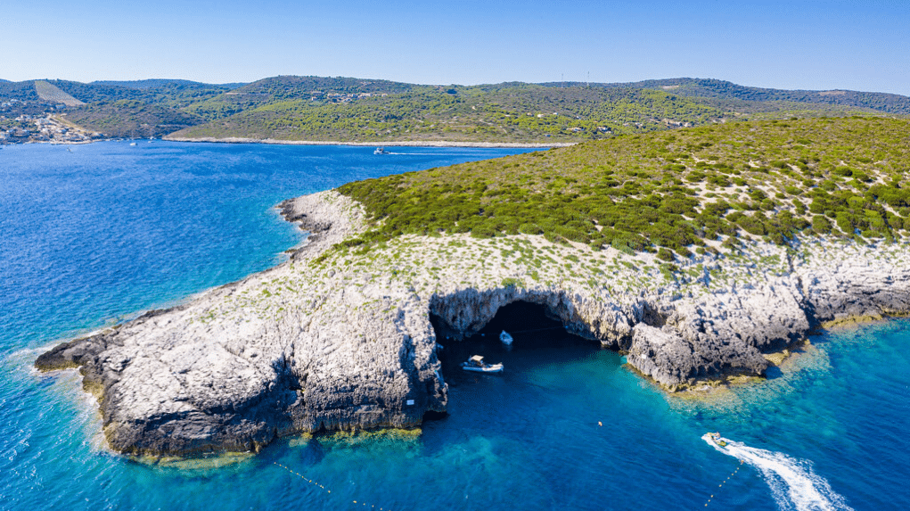 Adriatic Kayaking Hotspots | A+ Yachting