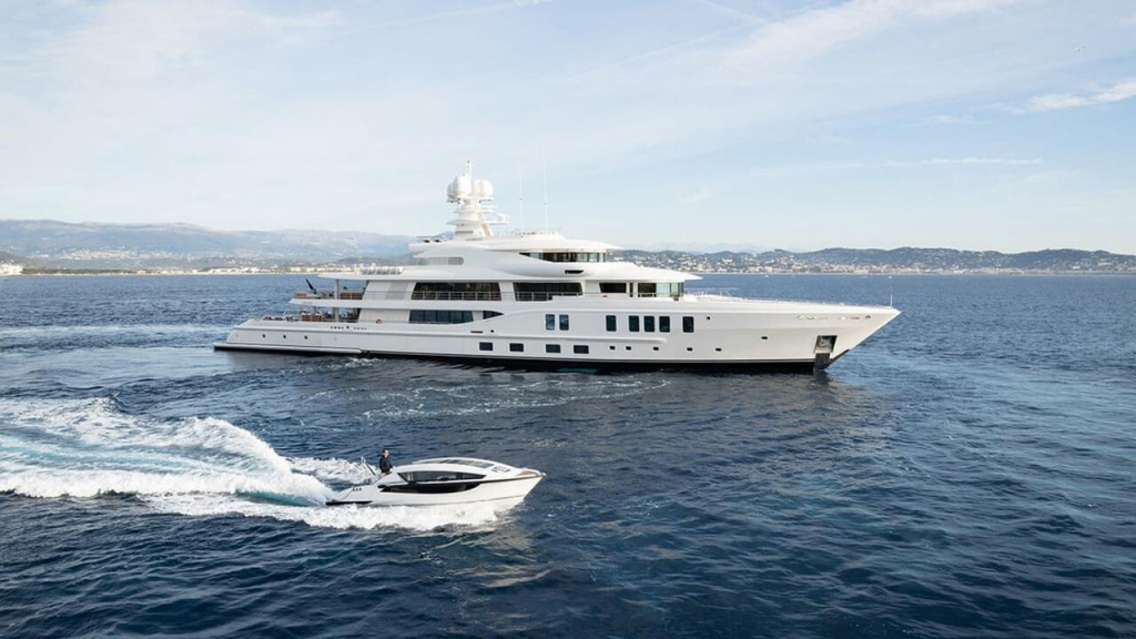 M/Y Lightening | A+ Yachting